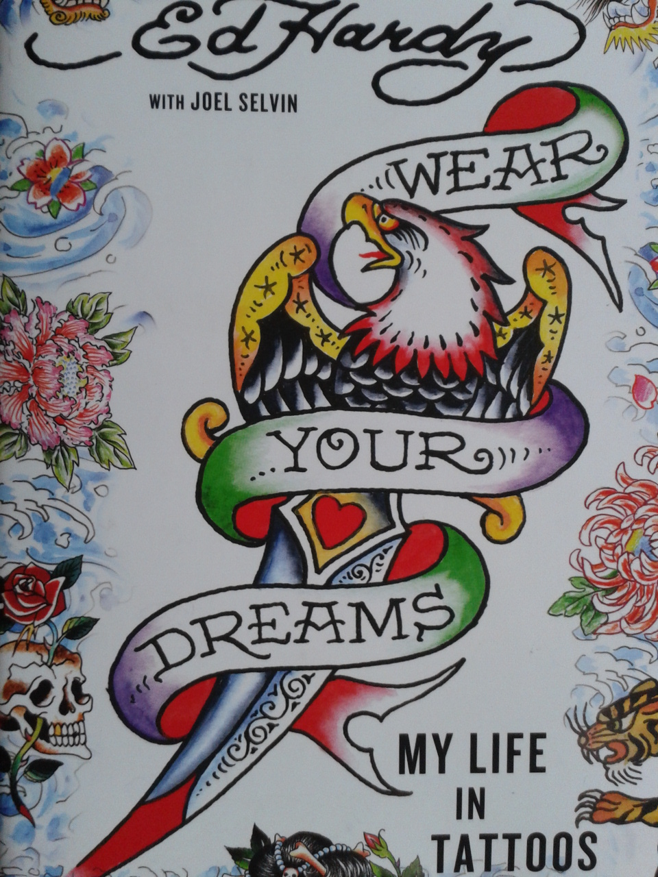 book review don ed hardy wear your dreams my life in tattoos aniareads weblog. Black Bedroom Furniture Sets. Home Design Ideas